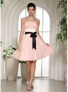 Baby Pink Sash Knee-length Cheap Dama Dress