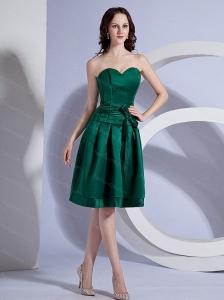Green Sweetheart Bow Short Dama Dress