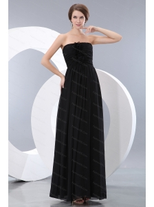 Hand Made Flowers Black Strapless Dama Dress Online