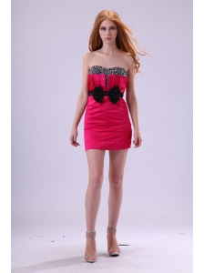 Red Column Sweetheart Mini-length Taffeta Beading and Bowknot Red Prom Dress