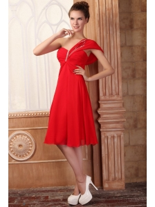 Low Price Empire One Shoulder Red Prom Dress with Beading