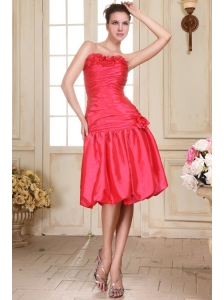 Sweetheart Knee-length Hand Made Flowers Prom Dress in Coral Red