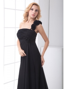 Black Empire One Shoulder Floor-length Hand Made Flowers Chiffon Prom Dress