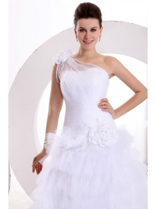 One Shoulder Appliques and Hand Made Flowers Tulle Wedding Dress