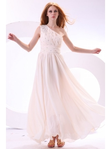 One Shoulder Beaded Decorate Bodice Empire Chiffon Wedding Dress