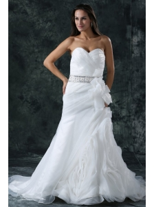 Column Sweetheart Beading Organza Wedding Dress with Court Train