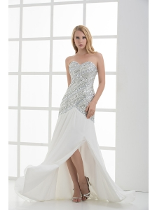 White Sweetheart Empire Beading and Ruching Sleeveless Prom Dress