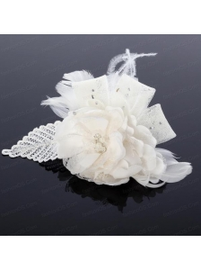 2014 Spring  White Tulle Fascinators with Imitation Pearls