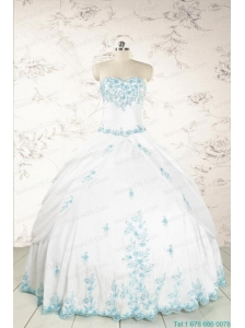 Modest Appliques Quinceanera Dresses in White for 2015