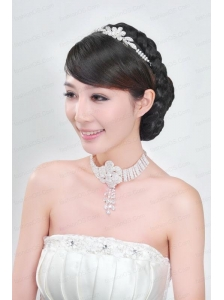 Shimmering Jewelry Set Including Necklace And Tiara