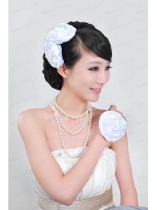 Shimmering Ladies Pearl Necklaceand Headpiece Jewelry Set