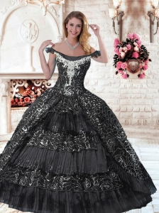 2015 Inexpensive Off The Shoulder Quinceanera Dresses with Appliques