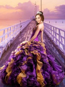 2015 Luxirious Halter Top Purple Quinceanera Gown with Ruffles and Sequins