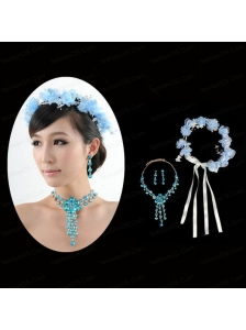 Blue Flowers Rhinestone Jewelry Set Including Necklace And Earrings