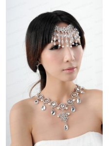 Dazzling Alloy Jewelry Set Necklace And Headpiece