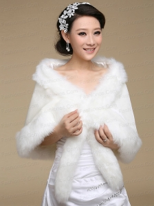 2015 The Most Popular White Wraps with Faux Fur