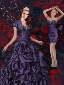 2015 Beautiful Appliques and Pick Ups Quinceanera Dresses in Purple