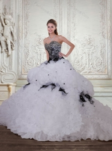Gorgeous Sweetheart Quinceanera Dresses with Appliques and Brush Train