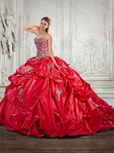 Free and Easy 2015 Red Quinceanera Dresses with Pick ups and Appliques