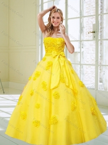 2015 Decent Rolling Flowers and Bowknot Yellow Dresses for Quince