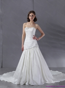 2015 New Ruched Beaded Strapless White Wedding Dresses with Chapel Train