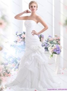 2015 New Ruffles Strapless White Bridal Gowns with Hand Made Flower