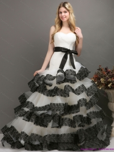Sash and Lace Strapless 2015 New Wedding Dresses in White and Black