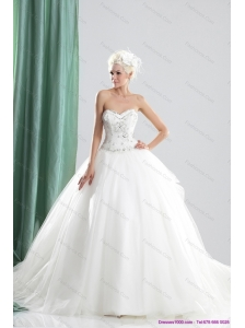 2015 Plus Size Sweetheart Beading Wedding Dress with Brush Train