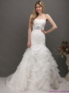 2015 Fashionable Sweetheart Beach Wedding Dress with Lace and Appliques