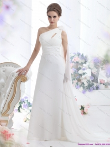 2015 Popular One Shoulder Beach Wedding Dress with Ruching and Hand Made Flowers