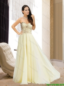 2015 Brand New Sweetheart Brush Train  Bridesmaid Dress with Appliques