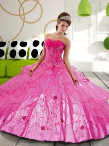 2015 Sturning Hot Pink Ball Gown Sweet 16 Dresses with Appliques