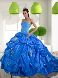 2015 Beading and Appliques Quinceanera Dresses with Brush Train