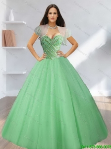 2015 Exclusive Sweetheart Beading Tulle Quinceanera Dresses in Light Green