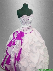 2016 New arrival Latest Ball Gown Beaded Quinceanera Dresses in White and Fuchsia