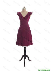 Cheap The Super Hot V Neck Burgundy Short Prom Dresseswith Ruffles
