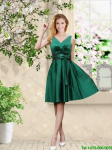 Wonderful V Neck Bowknot Hunter Green Prom Dresses with Knee Length