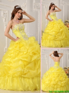 Discount Yellow Quinceanera Dresses with Beading and Ruffles