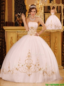 New Style White Ball Gown Strapless Floor Length Sweet 16 Dresses