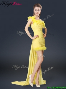 Sweet One Shoulder Watteau Train Bridesmaid Dresses in Yellow