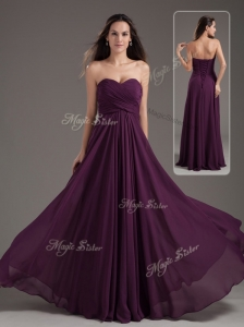 Cheap Empire Sweetheart Ruching Dama Dress in Purple