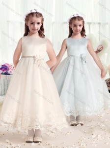 2016 Beautiful Scoop Flower Girl Dresses with Hand Made Flowers