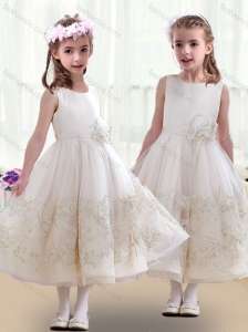 Lovely Scoop Flower Girl Dresses with Beading and Appliques