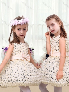 New Arrivals Scoop Short Little Girl Dresses with Bowknot