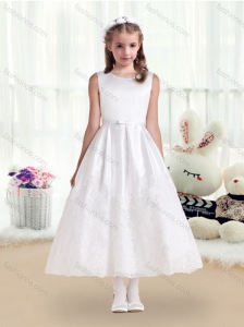 Pretty Scoop White Flower Girl Dresses with Lace and Belt