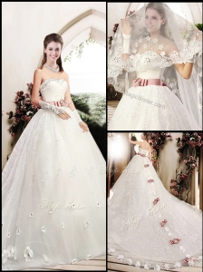 Lovely Sweetheart Lace Appliques and Bowknot Wedding Dresses with Chapel Train