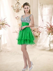 2016 New Arrivals Short Straps Dama Dresses for Quinceanera with Sequins for Fall