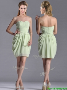 Popular Ruched Decorated Bodice Short Bridesmaid Dress in Yellow Green