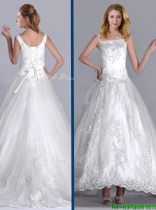2016 Elegant Scoop Brush Train Tulle Wedding Dress with Beading and Embroidery