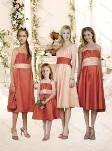 Sophisticated Ribboned and Ruched Bridesmaid Dress in Knee Length